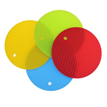 Free Ship Round Brand 4pcs/lot Silicone Nonslip High Heat Resistant Pot Pan Bowl Pad Table Mat Tool Accessories(China (Mainland))