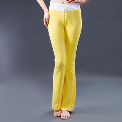 Aficionado en pantalones de yoga