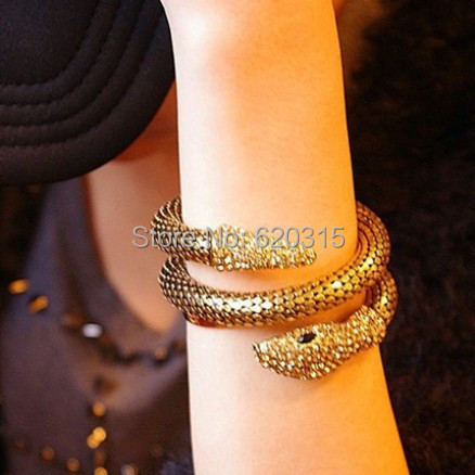 Fashion golden and silver Elegant Pierced Metal Exaggerated personality Snake crystal Chain Bracelets jewelry(China (Mainland))