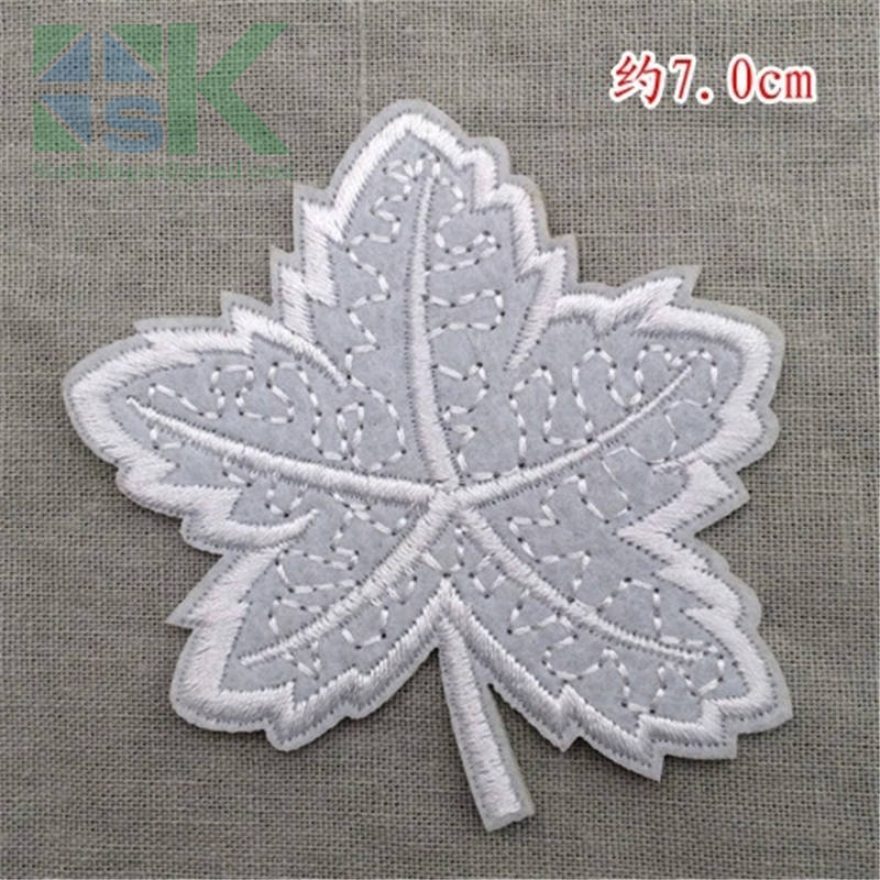 SK DIY Patches LOGO patch maple leaves 9pcs Embroidery patch clothes pants decoration posts DIY accessory Free shipping for j(China (Mainland))