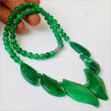 8 New 2015 Fine Natural green Jade Necklace Fashion Beaded Jewelry Ornaments For Women Free Shipping Birthday Present gift (China (Mainland))