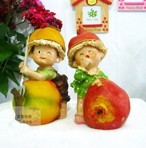 MOQ:1 pair! Free shipping handcraft painted resin table ornament one pair of peach& megranate moppets/ Christmas gift
