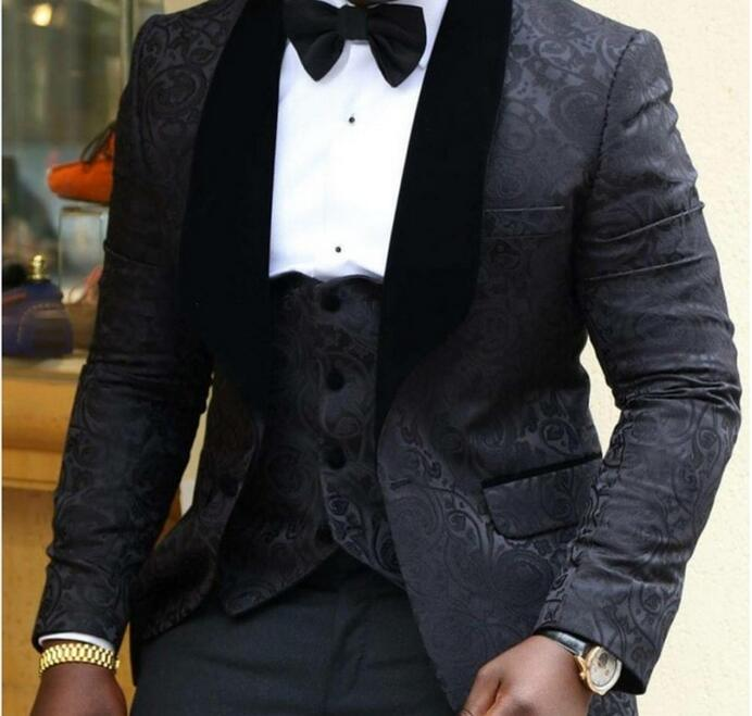 New Style Groomsmen Shawl Lapel Groom Tuxedos RedWhiteBlack Men Suits Wedding Best Man Blazer (Jacket+Pants+Tie+Vest)
