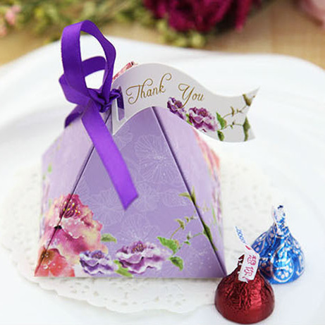 CD25 Free Shipping 50 Pcs Purple And Pink Clorful Pyramid Candy Favor Box Wedding Supplies Wedding Favors And Gift Candy Box(China (Mainland))