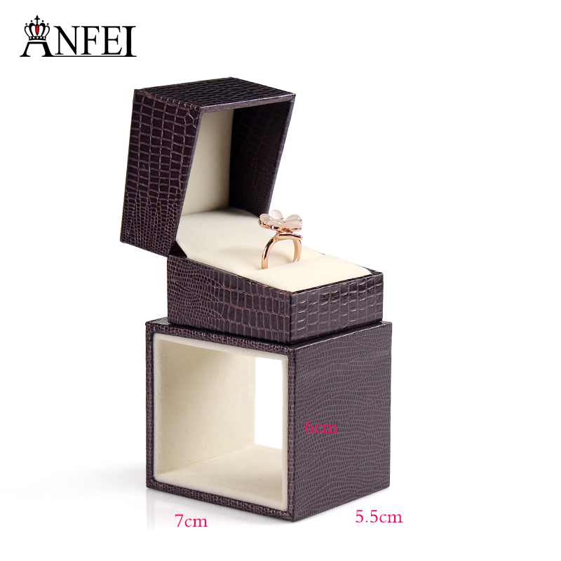 High Quality Brand Dark Brown Lizard Striated Ring Box Gift Boxes Wedding Jewelry Accessories Jewelry Packing Unique Fashion(China (Mainland))