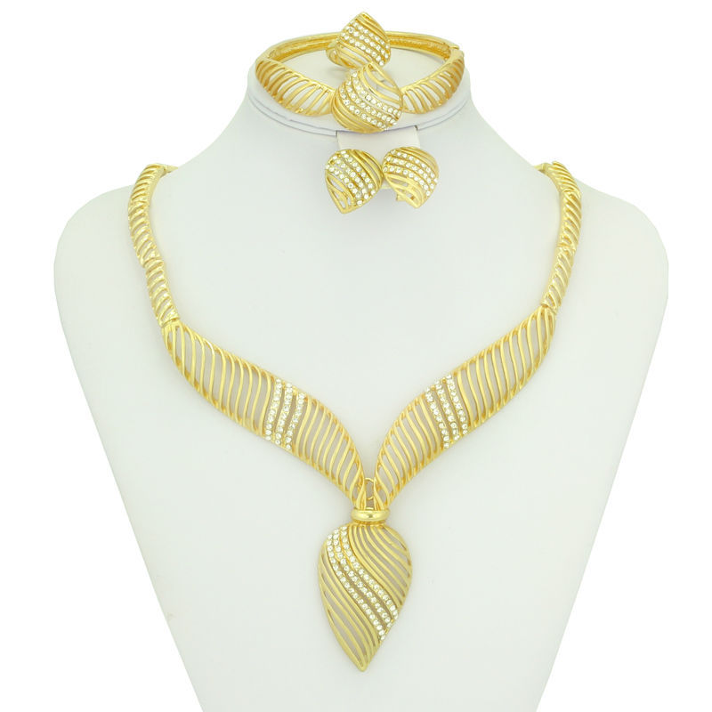 2015 fashionable Dubai African women jewelry set beautiful 18k Gold Plated Necklace earring crystal sets - AE Jewelry&sport jerseys store