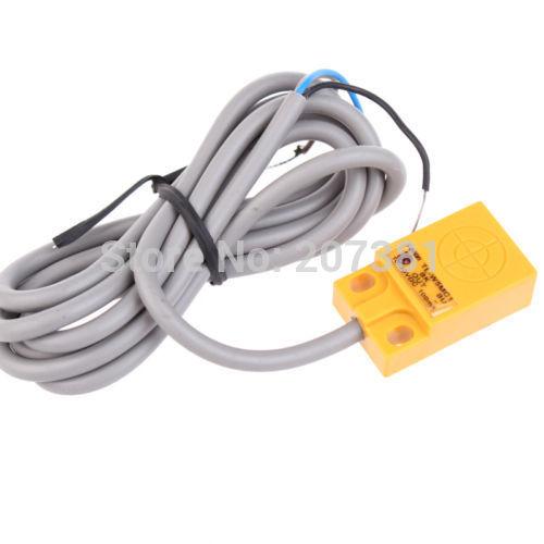 Free shipping DC6-36V NPN NO 3-wire Inductive Proximity Sensor Switch Detector TL-W5MC1(China (Mainland))