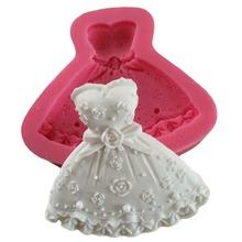 New Food-Grade Silicone Mold 3D Shape Of Dress Fondant Cake Decorating Tools,Silicone Soap Mold,Silicone Cake Mold C589(China (Mainland))