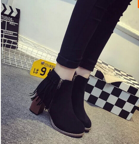 new autumn tassel BIG SIZE women ankle boots Black BRown Apricot color square heel flats for women(China (Mainland))