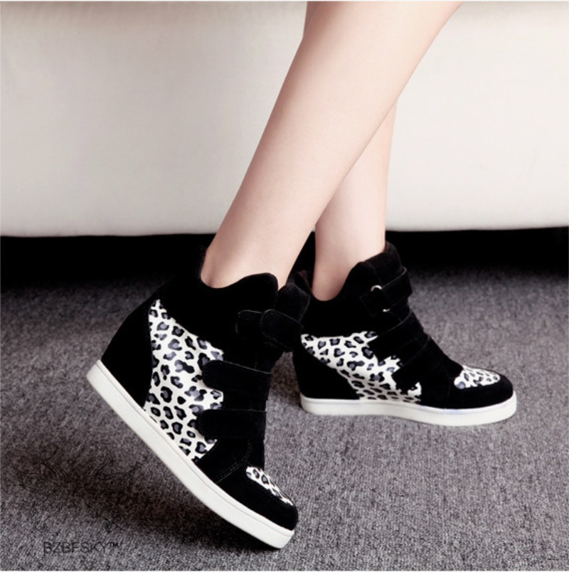Womens Ankle Boots  Flat Heeled amp Lace Up Ankle Boots