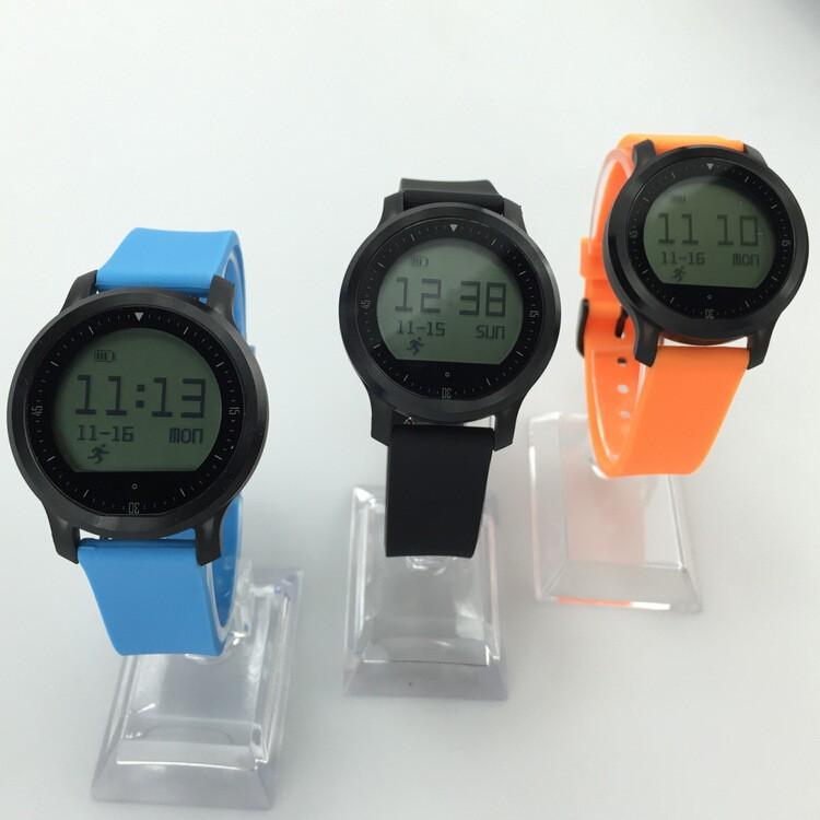 ถูก สมาร์ทนาฬิกาF68ที่มีอัตราการเต้นหัวใจบลูทูธ4.0โทรศัพท์A NDROID IOSโทรกันน้ำกีฬาการกระทำบลูทูธสร้อยข้อมือนาฬิกาข้อมือ