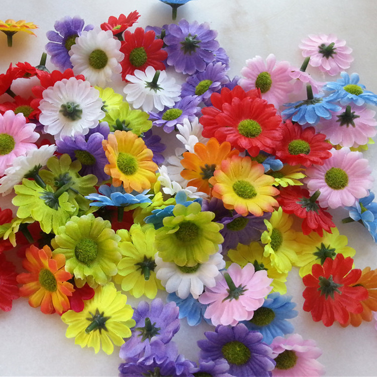 Free Shipping 200pcs 4cm Artificial Silk Small Gerbera Daisy Flower Heads Chrysanthemum Flowers For Wedding Dress Hair Accessory(China (Mainland))