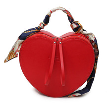 Women Bags 2017 New Luxury Handbags Women Bags Designer Scarves Tote PU Leather Shoulder Bags Bolsos Mujer Clutch Heart Love Bag(China (Mainland))