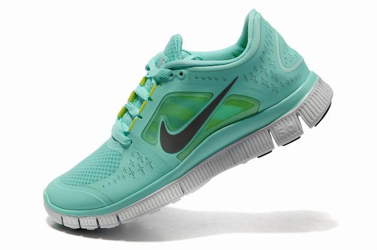 2015 Nike 5.0 + 3 Nike nike free run