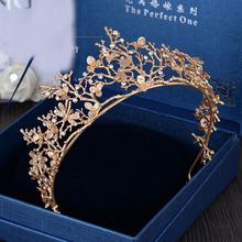 2016 New Trendy Vintage Gold Flower Bridal Crown Charming Rhinestone Tiaras for Women Wedding Diadem Hair Accessories wholesale(China (Mainland))
