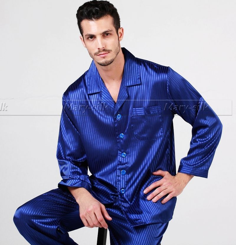 Shop online for Men's Pajamas: Lounge & Sleepwear at bestsupsm5.cf Find robes, pajamas & loungewear. Free Shipping. Free Returns. All the time. Skip navigation. Sale; Show Item Type. Pajama Bottoms Pajama Sets Pajama Tops Robes. Show Feature. Breathable Stretch Wrinkle Resistant.