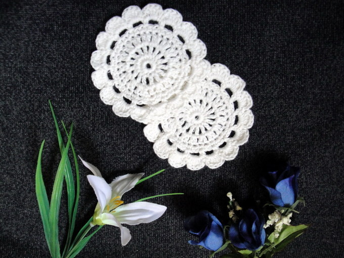 wholesale 8CMX8CM hand made Crochet cup mat,100% cotton Doily cup pad,coaster ,place mat round 100PCS/LOT