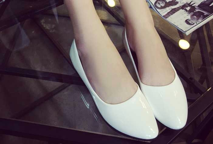 2016 new fashion flat women shoes european style pointed single shoes sexy free shipping shoes woman Large size 40 41