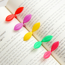 Cute 4pcs/set Silicone Leaf Clip Bookmark Reading Bookmark Gift Book Mark For Kids Light Green Color(China (Mainland))