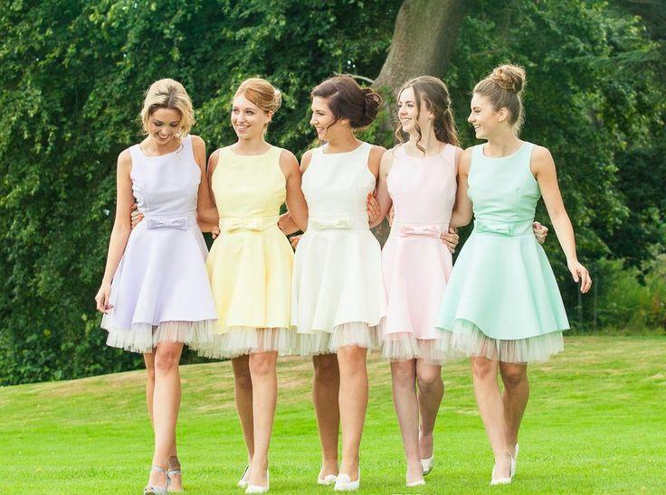 Bridesmaids Dresses Same Color Different Styles - Ocodea.com