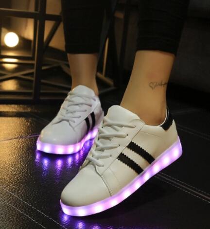 nike chaussure femme a la mode