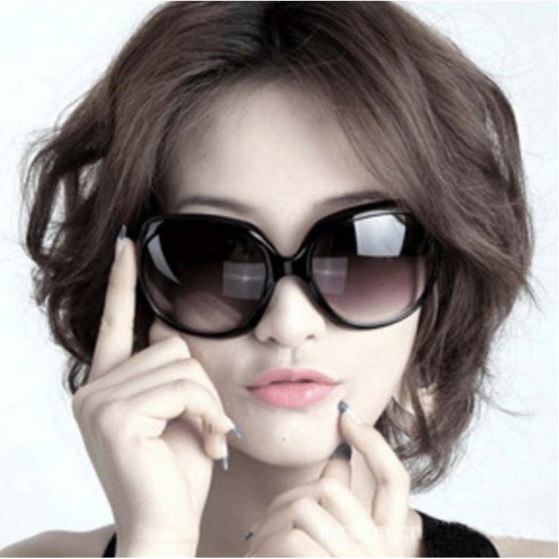 Classic Women Sunglasses Hilton vintage Large Outdoor Sunglasses Brand Designer Ld3113(China (Mainland))