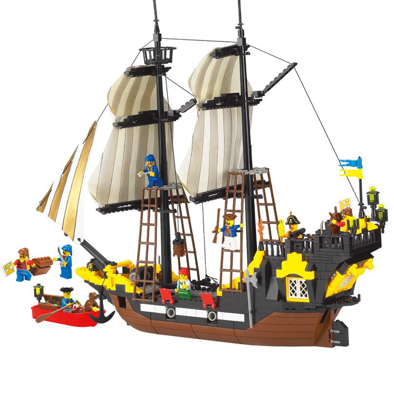 590Pc Pirate Series Toy Pirate Ship Weapons Assembling DIY Educational Building Block Set Minifigures Compatible With Lego toys