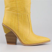 MORAZORA 2019 Yeni Marka kadın çizmeler sivri burun takozlar ayakkabı sonbahar kış çizmeler kısa bayanlar Batı yarım çizmeler kadınlar için(China)