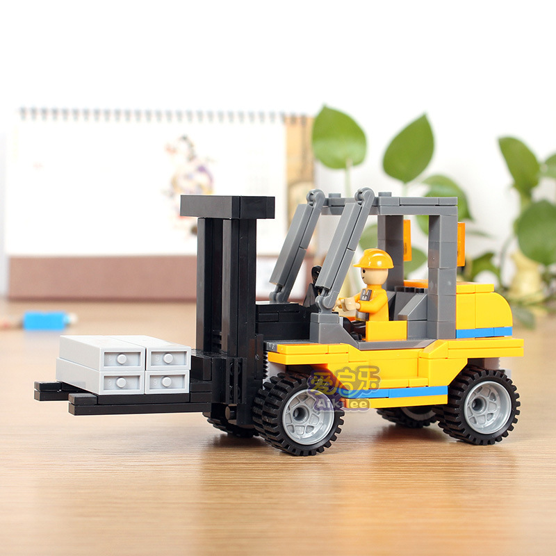 171pcs COGO Site forklift model DIY Fight inserted Building Blocks Kids Educational toys brain game toy brick gift(China (Mainland))