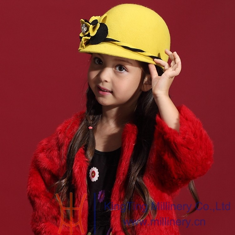 Скидки на Мода 100% шерсть девушки прекрасные зимние шапки Fedoras бисера цветок чувствовал шапки глава аксессуары