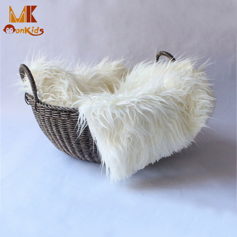 Monkids 2017 New Baby Swaddle Blanket Newborn Photography Props Basket Faux Fur Soft Blanket Fur Wool Mat Background Carpet