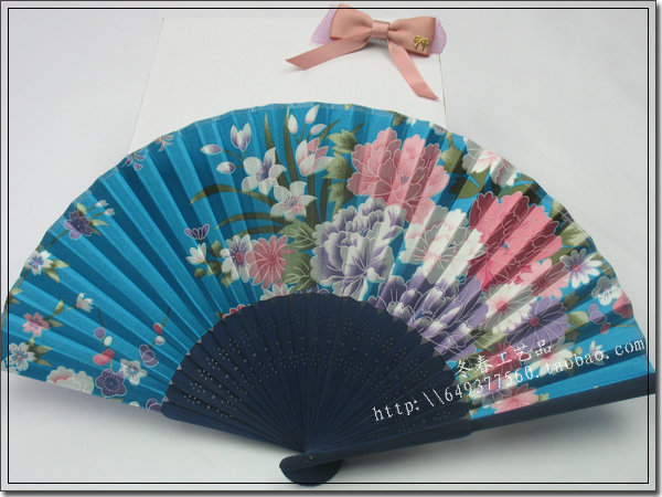 Silk satin fabric fan women's raw silk print / gift /japanese style / flower folding fan