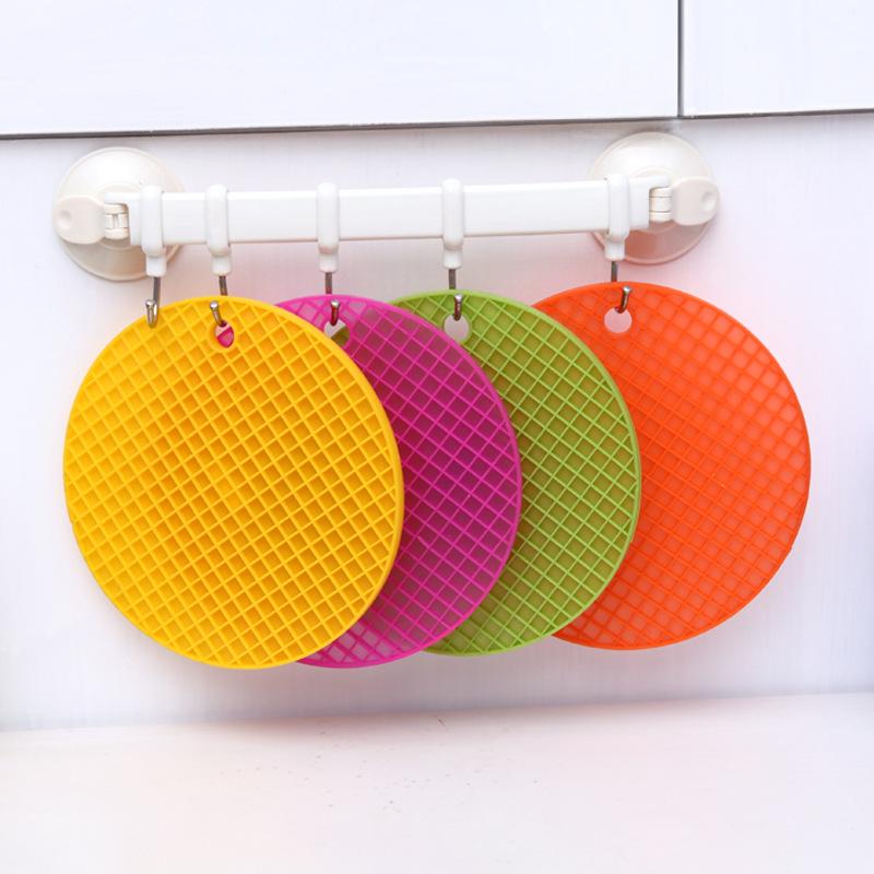 Creative Kitchen Silicone Slip Mat Non-Slip Folding Heat-resistant Coaster Cushion Placemat Pot Holder Table Mat(China (Mainland))