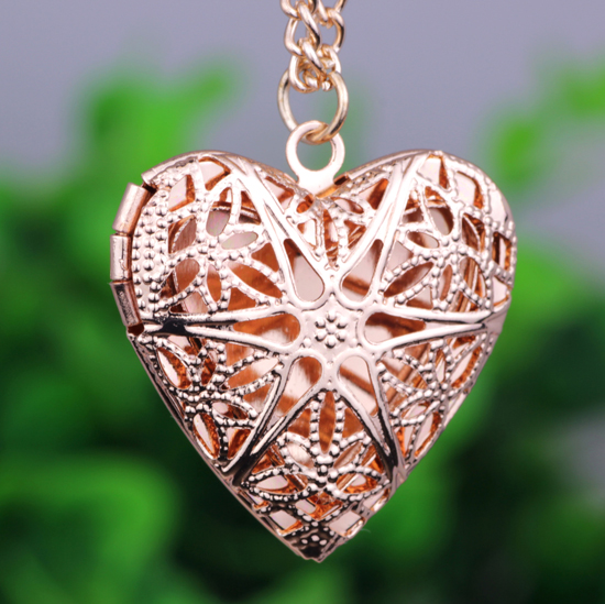Trendy Heart Short Pendant Necklace Women Gold Plated Chain Lover Lady Girl Gifts Fashion Jewelry Photo box Can open LM-N208(China (Mainland))
