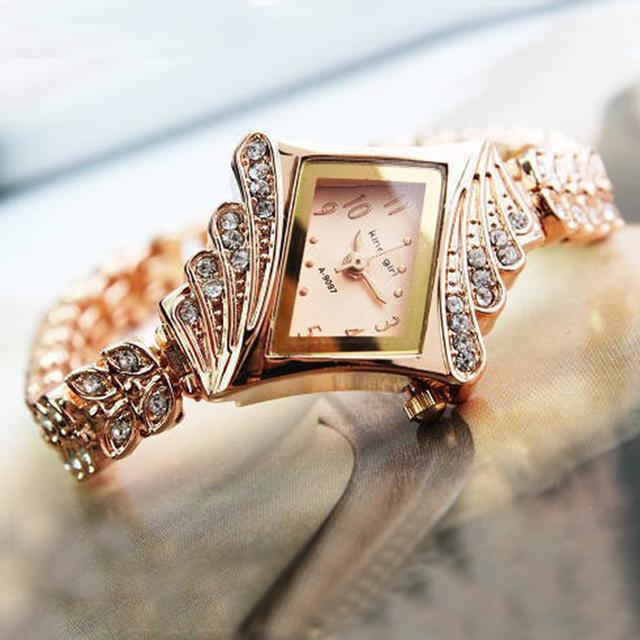 2015 горячих мода роуз браслет горный хрусталь кристалл кварцевые часы женские часы прямоугольной женская мода часы