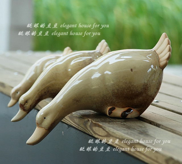 Home accessories bookshelf decoration shelf ceramic duck piece set