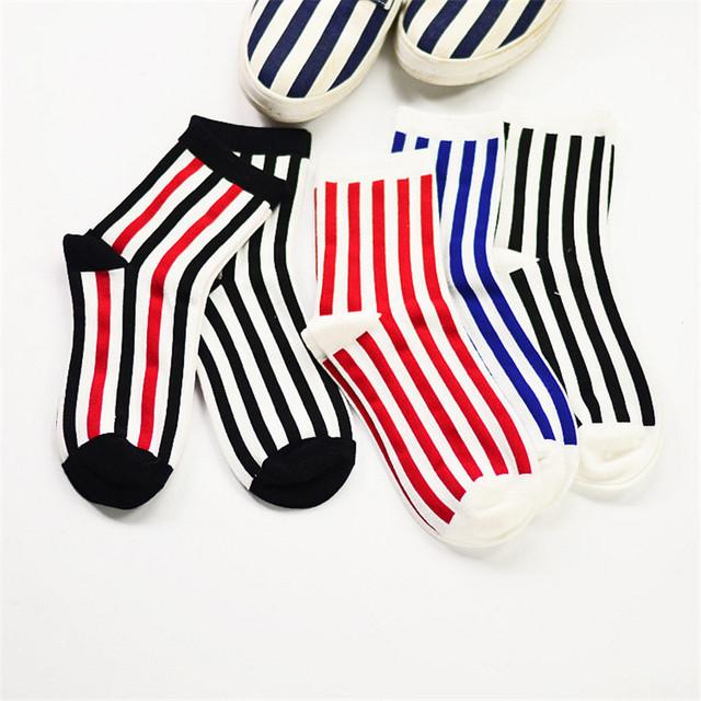 10 пар корейских мужчин и женщин полосатый трубке носки мода цветные полоски бизнес носок новинка чистый хлопок носки для оптовая продажа