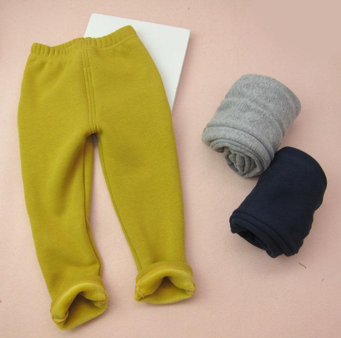 Гаджет  Boys and girls trousers winter models plus thick velvet warm pants bottoming None Детские товары
