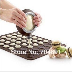 48 Hole Macaron Mat + Easy Squeeze 100% Food Grade Silicone Macaron Decorating Pen(China (Mainland))
