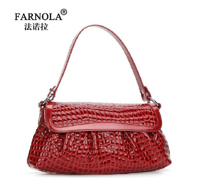 Christmas Holidays sale 2012 Latest Style Cowhide Crocodile striped Lady Messenger Bag/Black ,Red