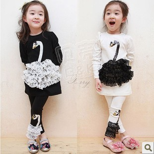 Free shipping New arrivel 2014 autumn girls lace swan clothing baby child long-sleeve T-shirt legging set black/beige 2 colors(China (Mainland))