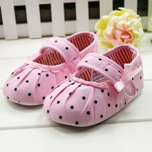 2015 New Fashion Toddler Baby Girl Polka Dot Soft Sole Crib Shoes Prewalker Cute Soft Cotton Blend First Walker Baby Flats(China (Mainland))