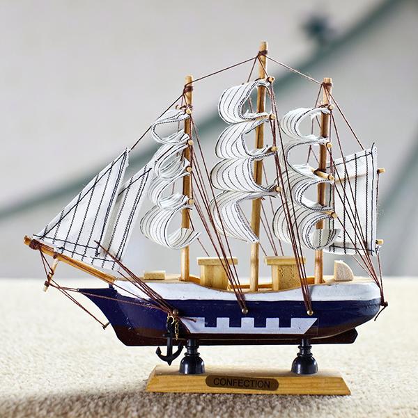 18 cm kleine handgemaakte houten zeilboot model decoratie for Decoratie zeilboot