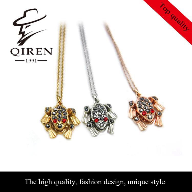 NEW arrival golden toad pendant long necklace well match QR-122(China (Mainland))