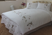 100%  Combed Cotton Diagonal Embroidery Duvet Cover   4pcs     High Quality  Pastoral Embroidery  Butterfly and Plant(China (Mainland))