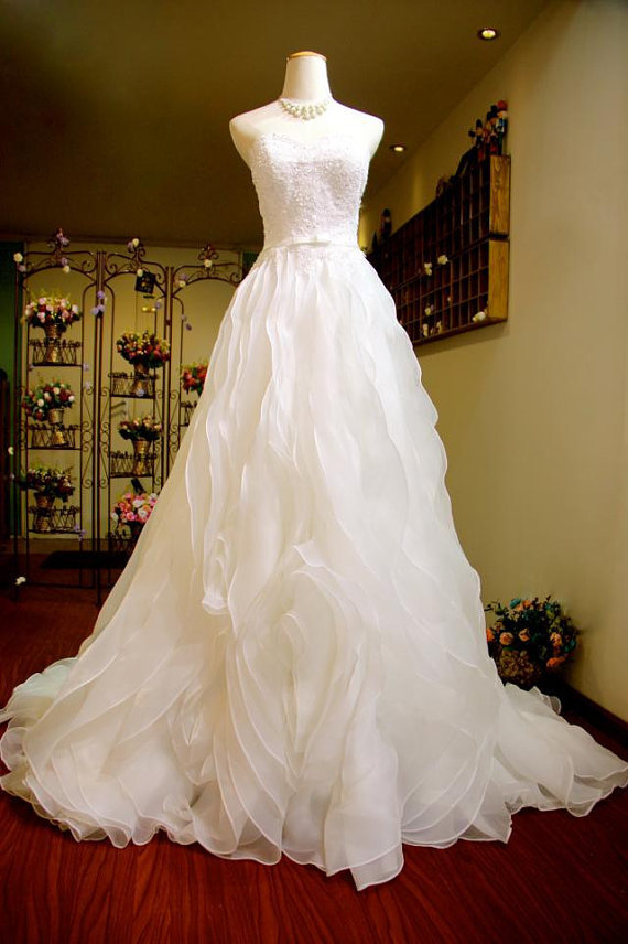 Free of mail in 2014 the new bride wedding dress for Selling a wedding dress online
