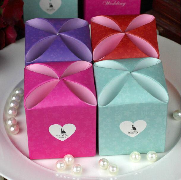 Wholesale 100pcs/lot Petals joyful box Personality Wedding favor box Sweet heart Party Gift box Free Shipping(China (Mainland))