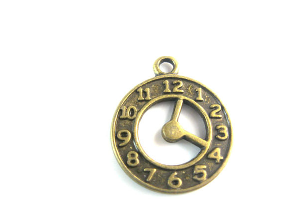 charms 21*18mm Vintage classic popular fashion Bronze Tone Clock Charm Pendants / jewelry DIY decoration - shuaige zou's store