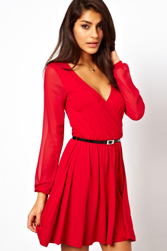 Robe rouge a manches longues