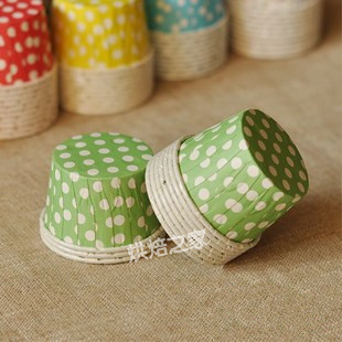 Free Shipping 200pcs 44*35mm Polka Dot Green Cupcake Liners Baking Paper Cups Cupcake Muffin Case Cake Molds For Happy Birthday(China (Mainland))
